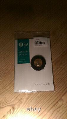 1957 Elizabeth II Sovereign Extremely Fine condition coin in Royal Mint card