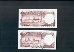 One Dinar Kuwait p3 1961 Con. Serial Two Pcs Extremely Fine with Pinholes SCARCE