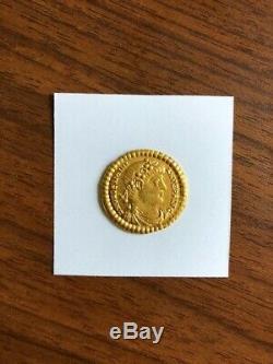 Valentinian 1 AV Solidus 367-375, gold extremely fine