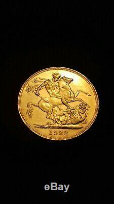 Victorian Young Head 22ct gold Sovereign 1882M In Extremely Fine Condition. E7